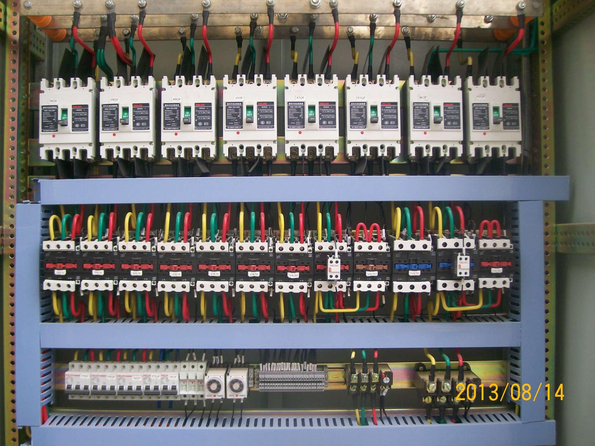 ggd型交流低压配电柜安装内部结构-01